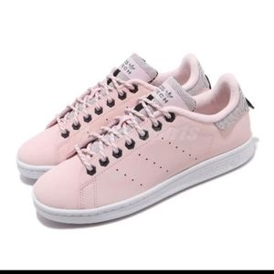 Adidas Stan Smith shoes for woman